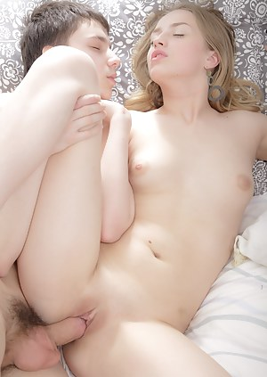 Nude Teen Passionate Sex Porn Pictures