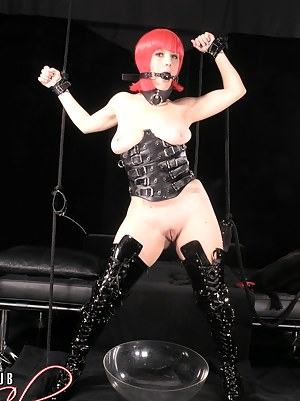 Nude Teen BDSM Porn Pictures