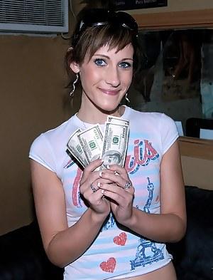 Nude Teen Money Porn Pictures